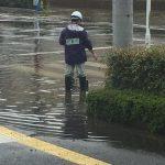 2016/08/24 13:55 急激な雨でJR佐倉駅前交差点は水浸し